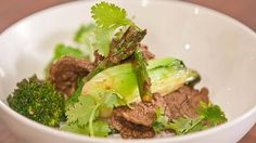 Simple Stir-Fry with Asian Greens Easy Stir Fry, Beef Stir Fry, Stir Fry Recipes, Beef Recipes, Asian Recipes, Asian Foods, Fried Beef, Green Chilli, Savory Salads