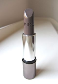 Kiko Lipstick #524 Taupe 3. I think this company is situated in an European country such as France or Italy- this lipstick gives a lovely subdued colour and costs around 7€