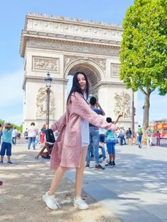 Follow để save❤ Free culone #ni👑 Korean Girl Fashion, Blackpink Fashion, Luhan, Film China, Chines Drama, Girl D, Cute Girl Face, Girl Korea, Handsome Anime Guys