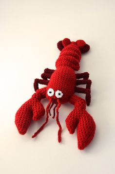 Red Lobster crochet pattern by VliegendeHollander on Etsy. Making this baby! $4.99