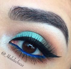 I'm Blue Makeup Tutorial by Holalechuza. Makeup Geek Eyeshadow in Creme Brulee, Frappe, Mocha and Pegasus. Makeup Geek Eyeshadow, Hazel Eye Makeup, Hazel Eyes, Beauty Makeup Tips, Makeup Inspo, Mars Makeup, Im Blue, Makeup Looks Tutorial, Green Makeup