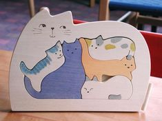 Wooden Puzzle /Cat's family