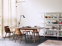 Don't you think this room is the perfect mixture of rustic and urban? Modern and stylish furniture /decorations from Möbel Pfister ( What do you think? Check it out on my website.
