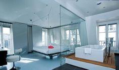 Luxe slaapkamer van The Kub hotel