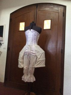Laughing, Peplum Dress, Costumes, Dresses, Fashion, Vestidos, Moda, Gowns, Dress Up Clothes
