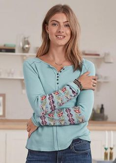 Shop Women's Tops at Sundance. Add a touch of simple sophistication to your look with our women's shirts, blouses and tees. Style Wish, My Style, What Should I Wear Today, Thermal Henley, Lace Tee, Weekend Wear, T Shirts For Women, Clothes For Women, Petite Fashion