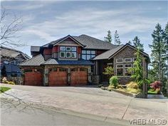 beautiful westcoast home on Bear Mountain, Vancouver Island BC