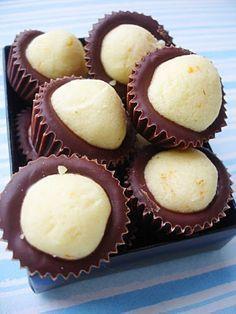 Astal Kuhinja Ravnice: Šumska Tajna-The Secret of the Woods Sweet Desserts, No Bake Desserts, Sweet Recipes, Dessert Recipes, Gourmet Recipes, Baking Recipes, Cookie Recipes, Kolachi Recipe, Kolachy Cookies