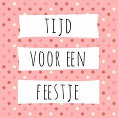 Tijd voor een feestje! Leuke uitnodiging voor tiener meiden voor een verjaardags feest, verkrijgbaar bij #kaartje2go voor €1,79