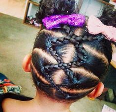 Crossing single braids up to 2 buns