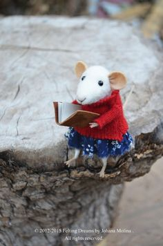 Little Coquet Mouse  Needle Felted Ornament  por feltingdreams, $88.00