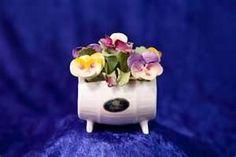 aynsley england bone china - Bing Images Flower Baskets, Ceramic Flowers, Porcelain Ceramics, Bone China, Biscuit, Bouquets, Bing Images, Florals, Polymer Clay