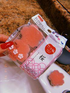 Daiso sponges Japanese Store, Otaku Room, Kawaii Room, Daiso, Pastel, House Styles, Spring, How To Make, Cake