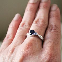 2.76 CT Blue /& White AAA Sapphire Set in sterling silver Statement Ring