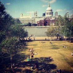 #tatemodern #london #stpauls #postcard Dolores Park, London, Instagram Posts, Travel, Viajes, Destinations, Traveling, Trips, London England