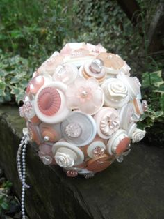 PeAcHeS & cReAm BuTtOn BoUqUeT by whispergrey01 on Etsy, £65.00