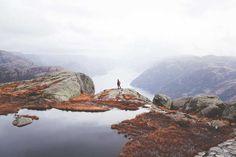 Alex Strohl, Norway II, 2013 / 2016 © es.lumas.com/?L=9&cHash=5e6e57d2b13c1fd75849ef2e33a94425 #LumasCliff,  Cliffs,  cloud,  Clouds,  gigantic,  Idyll,  idyllic,  Island,  Islands,  Landscape,  Landscapes,  Mountain,  Nature,  Norway,  Photography,  Water