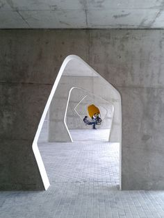 510add05b3fc4bee9000001f_braamcamp-freire-cvdb-arquitectos_img_04_recreio_exterior-750x1000.jpg (750×1000)