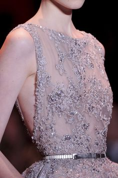 Elie Saab Couture Details, Fall 2013 - Elie Saab's Most Beautiful Runway Details of the Decade - Photos Elie Saab Couture, Couture Mode, Style Couture, Couture Details, Fashion Details, Couture Fashion, Runway Fashion, Fashion Show, Couture Dresses