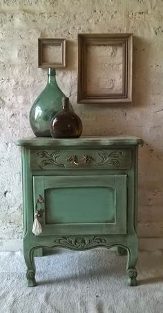 Family Home Interior Correo: Claudia Caggiani - Outlook Decor, Painting Furniture Diy, Furniture Makeover, Painted Furniture, Refurbished Furniture, Diy Furniture, Home Decor, Diy Furniture Table, Vintage Furniture