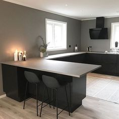 This is how minimalistic i want my home to be Open Plan Kitchen Living Room, Kitchen Room Design, Modern Kitchen Design, Home Decor Kitchen, Interior Design Kitchen, Home Kitchens, Küchen Design, Living Room Interior, Room Decor