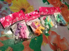 Unpacking fake pony. Распаковка поддельных Пони