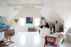 A little gorgeous inspiration for today!  Love her 3rd floor studio!