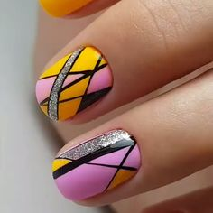 Pretty Nail Art, Cool Nail Art, Shellac Manicure, City Nails, Geometric Nail Art, Nail Patterns, Learn Art, Nail Bar, Nails On Fleek