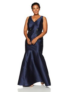 Plus Size Wedding Guest Dress - Adrianna Papell Women's Plus Size Irridescent Faille Trumpet Skirt Gown, Midnight, (sponsored) Cute Dresses, Vintage Dresses, Casual Dresses, Dresses For Work, Formal Dresses, Plus Size Wedding Guest Dresses, Trumpet Skirt, Mermaid Gown, Formal Wear
