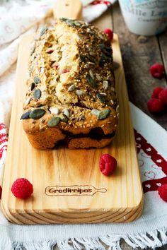 Pão de Banana e Framboesa * Banana Bread and Raspberry