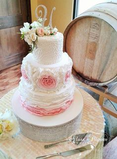 Looking for your dream wedding cake? Glass Slipper Gourmet specializes in custom designs and gourmet flavors for your special occasion Mod Wedding, Dream Wedding, Wedding Day, Gourmet Cakes, Types Of Cakes, Character Cakes, Glass Slipper, Occasion Cakes, Cakes And More