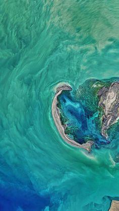 Ocean Island Satellite View ★ Preppy Original 28 Free HD iPhone 7 & 7 Plus Wallpapers