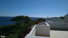 Het uitzicht vanaf het dakterras.
