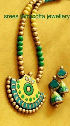Funky Jewelry, Fabric Jewelry, Beaded Jewelry, Handmade Jewelry, Beaded Necklace Patterns, Jewelry Patterns, Teracotta Jewellery, Terracotta Jewellery Designs, Polymer Clay Necklace