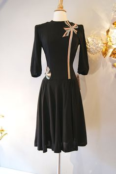 40s Dress // Vintage 1940s Gay Gibson Rayon Dress by xtabayvintage, $248.00