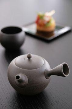 Japanese tea pot, Kyusu 急須
