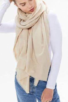 Basic Woven Blanket Scarf #wovenblanketscarf #woven #blanketscarf