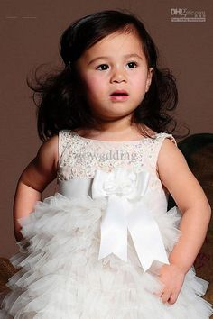 2012 New Style Beautiful Sleeveless Floor Length Applique Tiered Organza Flower Girl Dresses Gowns  $54.16