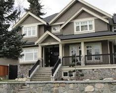 Rockport Gray Benjamin Moore Exterior Colour Idea With Off White Trim Down And Dark Door Dewdney Condos