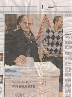 """Il Bers marcato stretto da un renziano mentre vota a Piacenza (da """"La Repubblica"""" del 31 dicembre 2012)"""