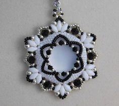 Perle pendentif tutoriel, Bijoux Pendentif motif, Instructions, tissage de perles, collier, perlé, Lunasoft Cabochon, Swarovski, PDF, Super Duo