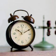 *クラシックな雰囲気の目覚し時計*テーブルクロック LOFFEL レッフェル