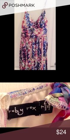Soft floral tank dress w/built in support Super soft to the touch braided strap tank dress. Beautiful floral pattern, built in top support as well as fully lined. Wide waist that ties in back...like new Ruby Rox Dresses