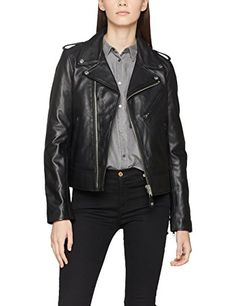 Nyc, Outerwear Women, Cute Woman, Trends, Your Style, Lady, Long Sleeve, Stuff To Buy, Clothes
