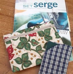Zips and Bags 2 - Variations to try - sew-whats-new.com