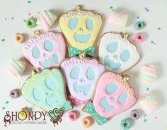 #ハロウィンクッキー ❤️❤️ オンラインショップに登場しました! プロフィール画面のサイトよりご購入できます。  合言葉は 『#パステルハロウィン』❤ SHONPYオリジナルのハロウィンクッキーは パステルを基調としたものも登場しますよ(^^) カード決済可能です(^^) #sugarcookies#sugarcookie#icingcookies#icingcookie#decoratedcookie#decoratedcookies#decoratedsugarcookies#decoratedsugarcookie#icingcookie#icingcooなkies#sugarcookies#ケータリング#SHONPY#ウェディング#キャンディブッフェ#ゆめかわいい#クッキー#cookie#ノベルティー#アイシングクッキー#decoratedcookies#Halloween#Halloweencookies#ハロウィン#ジャックオランタン#オバケ #バスタブ #スカル