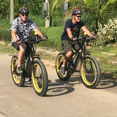 """Buzzy Bee Bike Fatbike E-bike on Instagram: """"Warm but great full day cycling. Flat land to Ping River in the morning and hilly tour in the afternoon. Challenge for these men to follow…""""  🐝🚴♀️🚴🏼♂️ #chiangmai #thailand #ebike #ebiking #fatbike #fatbiking #cyclingtour #cycling #electricbicycle #thailandtravel #lovethailand #amazingthailand"""