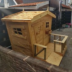 #playhouse from pallets