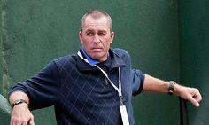 ivan lendl, murray's coach, calmly watches