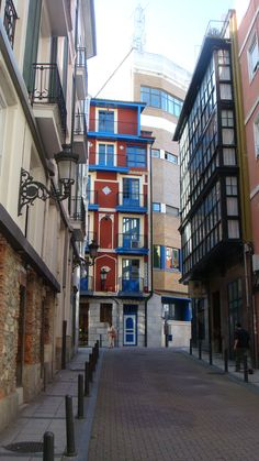 #Santander #Cantabria #Spain  SNP Consultores, especialistas en márketing estratégico. www.mundosnp.com